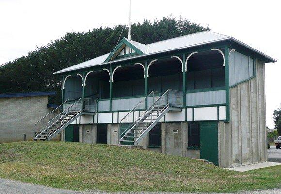 Memorial Grandstand, Knitlock | 1923 | VIC