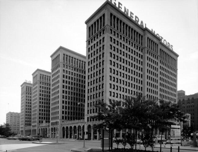 General_Motors_building_089833pv