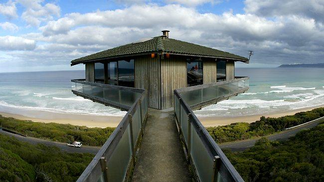 585033-fairhaven-pole-house